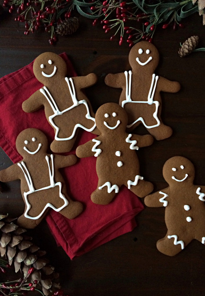 Gingerbread Men Recipe. Nothing says Christmas like gingerbread men! Ginger, cinnamon, nutmeg & molasses, oh my! You'd have to be crazy not to like gingerbread?! www.bakingforfriends.com