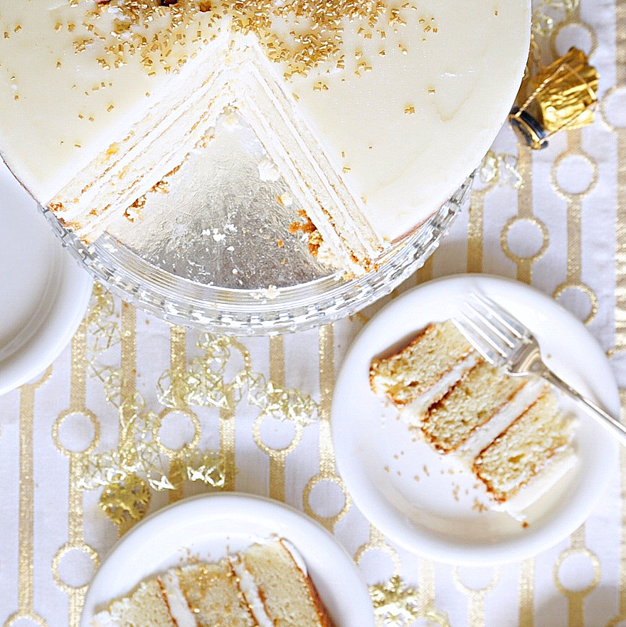 This Champagne Cake is the perfect make ahead cake to ring in the New Year (and to impress your guests)! I had so, so much fun making this cake …www.bakingforfriends.com