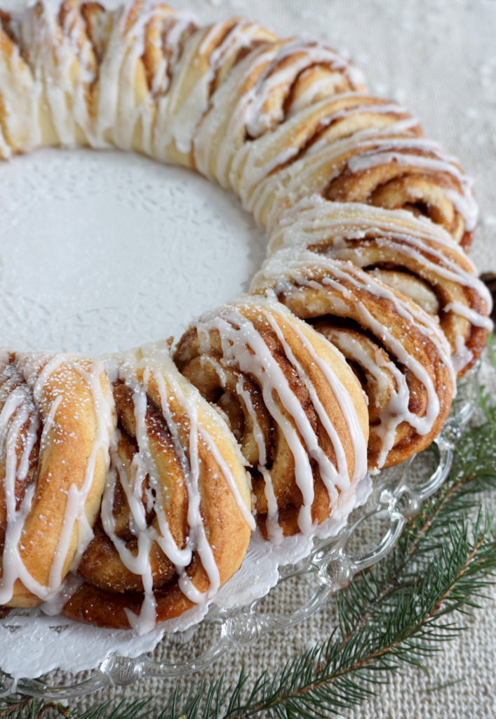 Delight your guests with a holiday cinnamon bun wreath